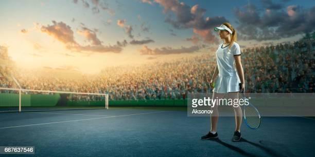 tennis: sportif féminin en action - raquette de tennis photos et images de collection