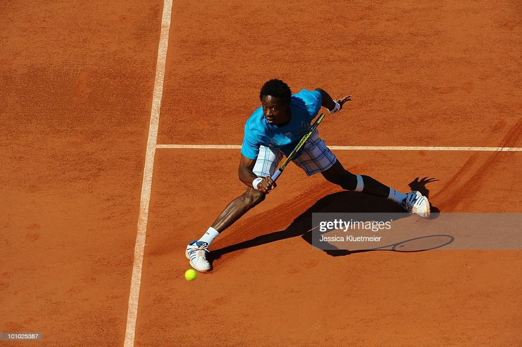 France Gael Monfils in action vs Germany Dieter Kindlmann during Men's 1st Round at Stade Roland Garros. Paris, France 5/24/2010