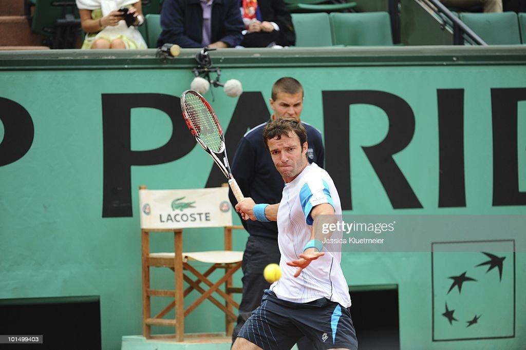 Russia Teimuraz Gabashvili in action vs USA Andy Roddick during Men's 3rd Round at Stade Roland Garros. Paris, France 5/29/2010