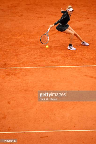 French Open USA Amanda Anisimova in action vs Australia Ashleigh Barty during Women's Semifinal match at Stade Roland Garros Paris France 6/7/2019...