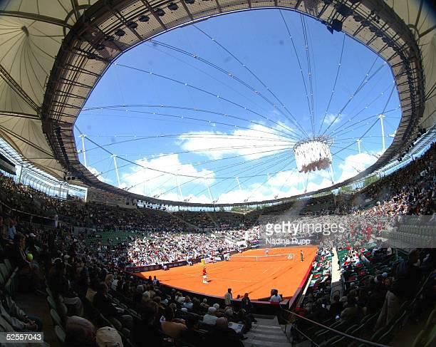Tennis / Maenner Masters 2004 Finale Hamburg Roger FEDERER / SUI Guillermo CORIA / ARG Uebersicht des Center Courts des Rothenbaum 160504