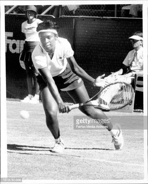 Tennis NSW Open Women in White CityAnne Minter vs Z Garrison November 21 1984