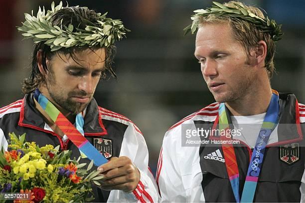 Tennis Olympische Spiele Athen 2004 Athen Doppel / Maenner / Finale Fernando GONZALES / Nicolas MASSU / CHI Nicolas KIEFER / Rainer SCHUETTLER / GER...