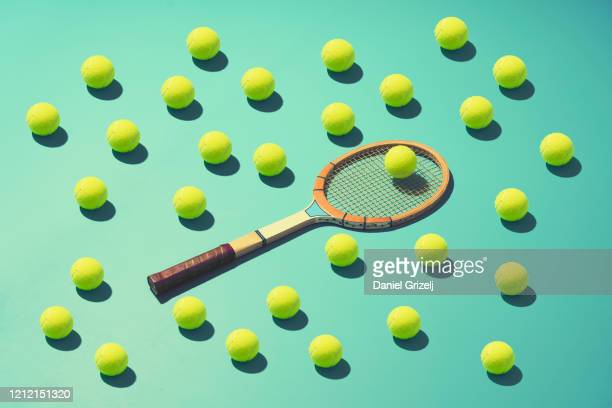 tennis - racket sport stockfoto's en -beelden