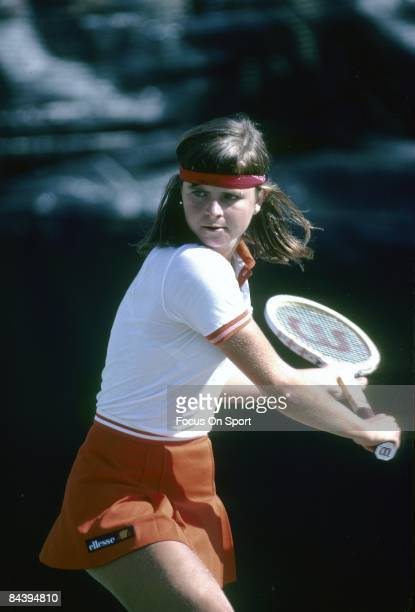 Tennis player Hana Mandlikova of Czechoslovakia against Chris Evert Lloyd during the women finals of the 1980 US Open tennis tournament at the USTA...