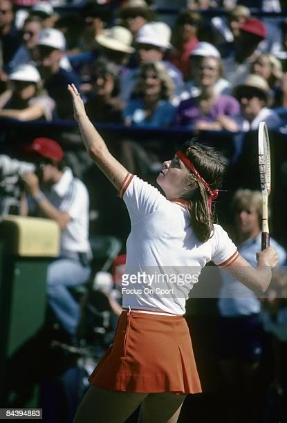 Tennis player Hana Mandlikova of Czechoslovakia against Chris Evert Lloyd during the women finals of the 1980 US Open tennis tournament at the USTA...