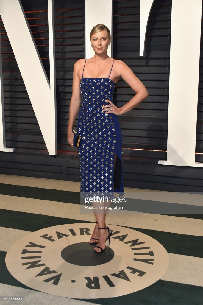 Tennis player Maria Sharapova attends the 2017 Vanity Fair Oscar Party hosted by Graydon Carter at Wallis Annenberg Center for the Performing Arts on February 26, 2017 in Beverly Hills, California.