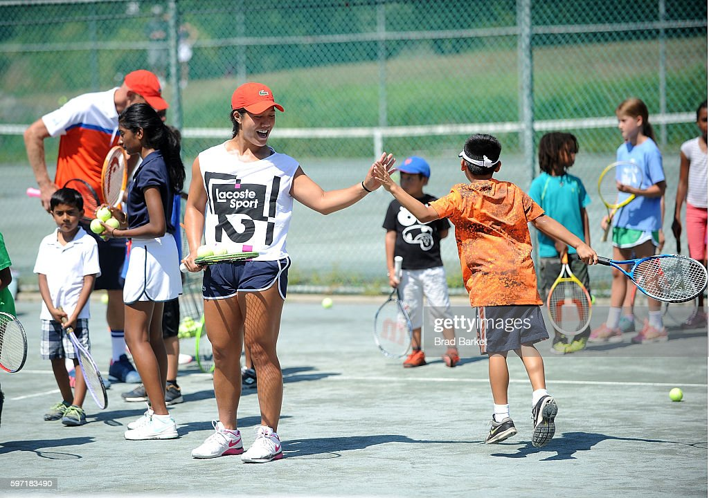 LACOSTE And City Parks Foundation Host Tennis Clinic In Central Park : ニュース写真