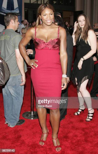 Tennis player Serena Williams arrives at the 2005 American Music Awards held at the Shrine Auditorium on November 22 2005 in Los Angeles California