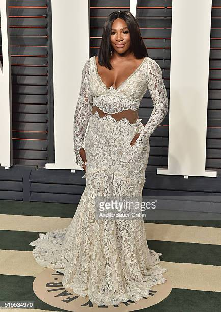Tennis player Serena Williams arrives at the 2016 Vanity Fair Oscar Party Hosted By Graydon Carter at Wallis Annenberg Center for the Performing Arts...