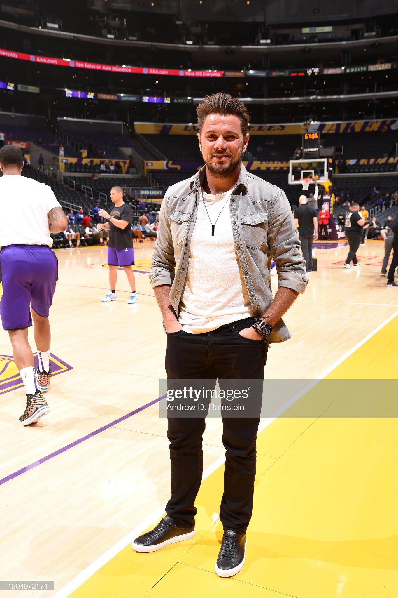 Philadelphia 76ers v Los Angeles Lakers : News Photo