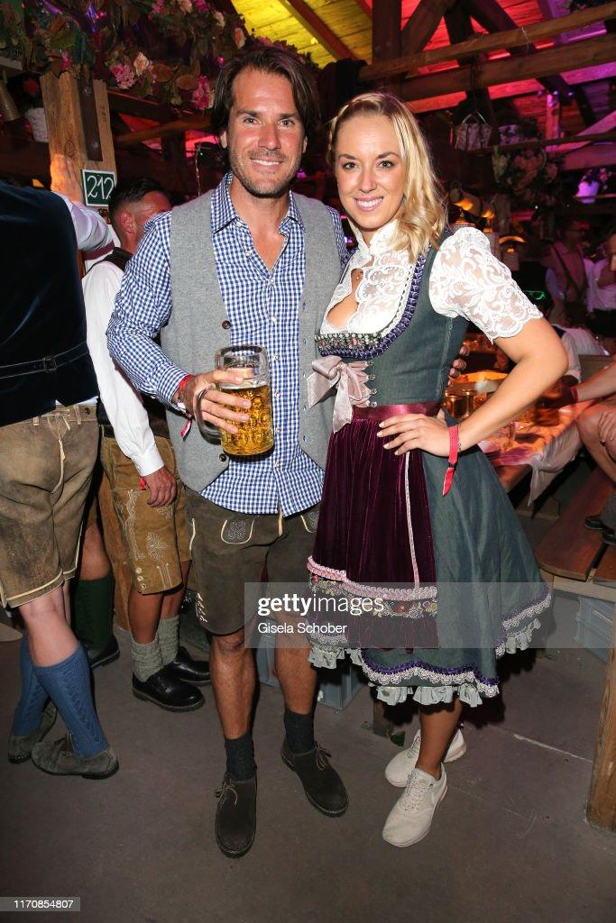 Celebrities At Oktoberfest 2019 - Day 4 : ニュース写真