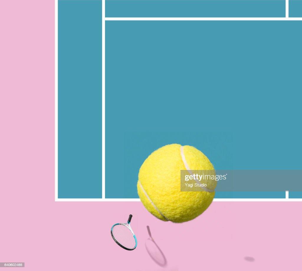 Tennis racket and tennis ball : Stock Photo