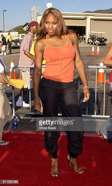 Tennis star Serena Williams attends The 2004 Teen Choice Awards held on August 8, 2004 at Universal Amphitheater, in Universal City, California.