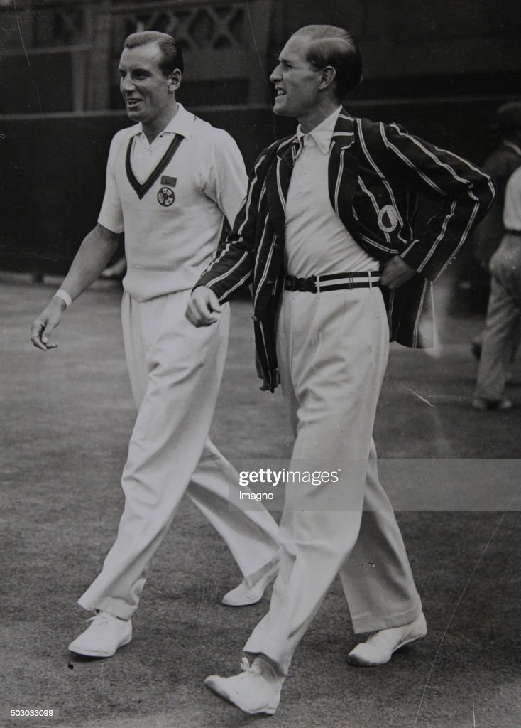 Tennis. The English Tennis Player Fred Perry And The German Tennis Player Gottfried Von Cramm At The Finiale. Wimbledon. London. 2Nd July 1936. Photograph. : News Photo