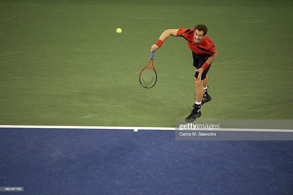 Great Britain Andy Murray in action, serve vs Uzbekistan Denis Istomin during Men's 4th Round at BJK National Tennis Center. Carlos M. Saavedra F5 )