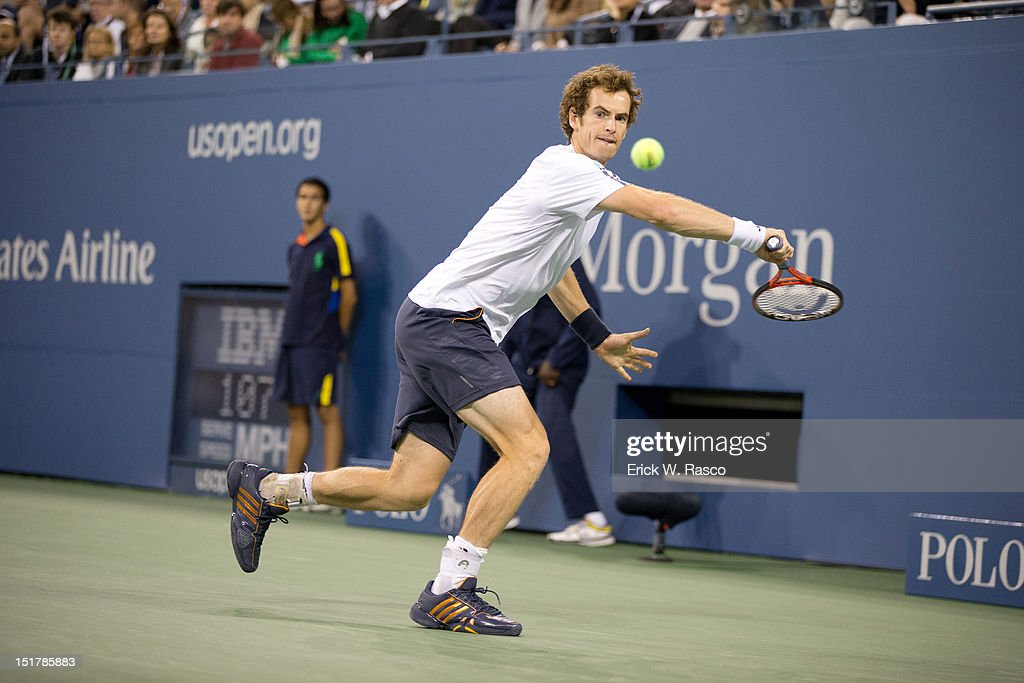 Great Britain Andy Murray in action vs Serbia Novak Djokovic during Men's Final at BJK National Tennis Center. Erick W. Rasco F122 )