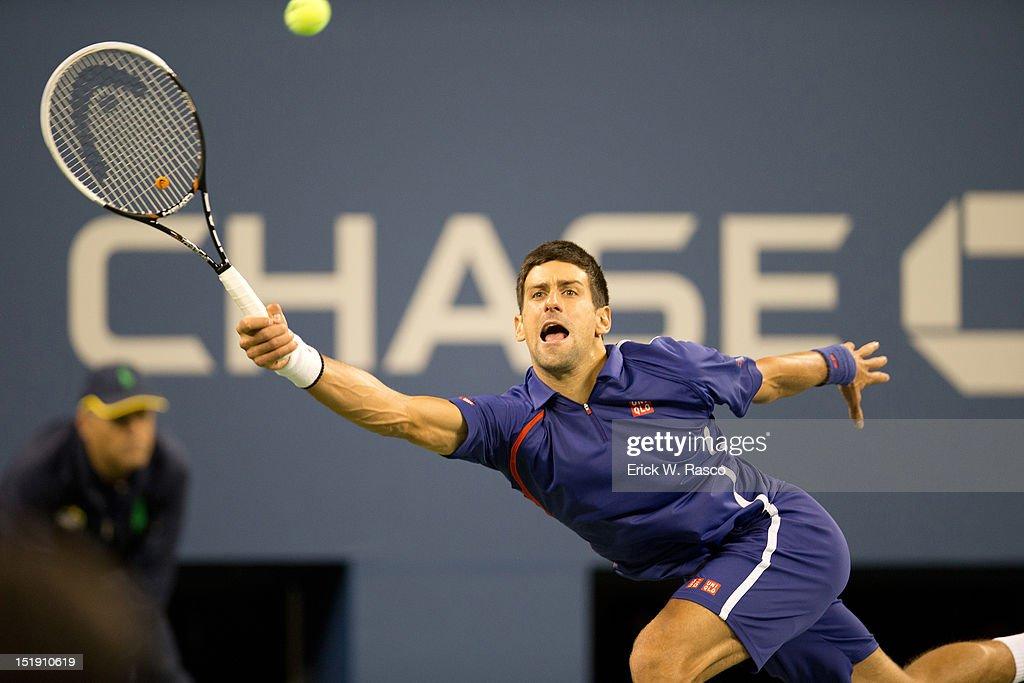 Serbia Novak Djokovic in action vs Great Britain Andy Murray during Men's Final at BJK National Tennis Center. Erick W. Rasco F6 )