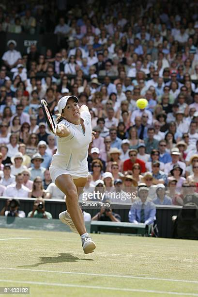 Tennis Wimbledon Belgium Justine HeninHardenne in action vs France Amelie Mauresmo during Finals at All England Club London England 7/8/2006