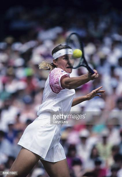 Czech Republic Jana Novotna in action vs Germany Steffi Graf during Finals at All England Club. London, England 7/3/1993 CREDIT: Caryn Levy