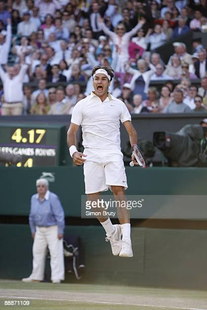 Wimbledon Switzerland Roger Federer victorious after winning Men's Finals match vs USA Andy Roddick at All England Club London England 7/5/2009...