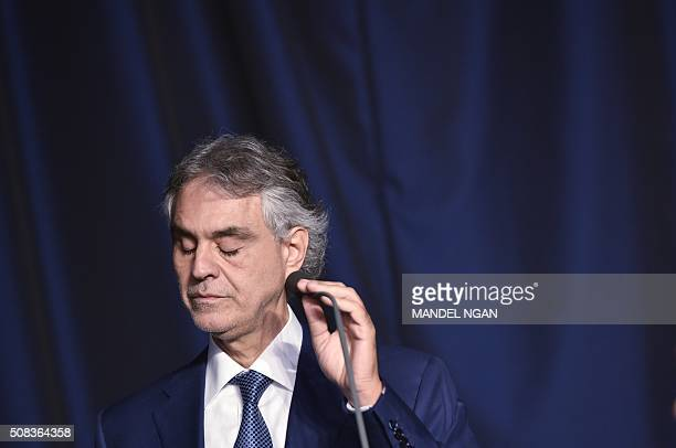 Tenor Andrea Bocelli performs during the National Prayer Breakfast on February 42016 in Washington DC / AFP / MANDEL NGAN