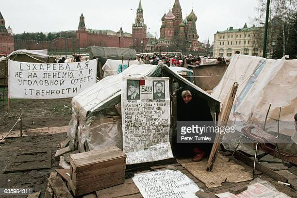 Tent city in sight of St. Basil's Cathedral and the Kremlin during the economic crisis of 1990.