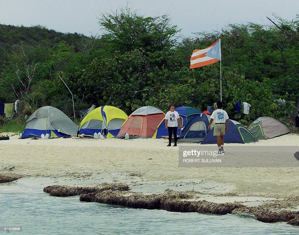 Tents at one of a dozen c&s manned by protesters against US bombing sit on the & Tents at one of a dozen camps manned by protesters Pictures ...