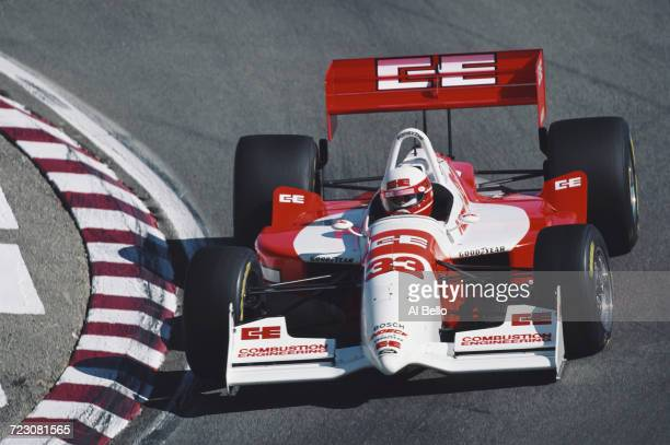 Teo Fabi of Italy drives the Forsythe Racing Reynard 95I Ford XB during the Championship Auto Racing Teams 1995 PPG Indy Car World Series Toyota...