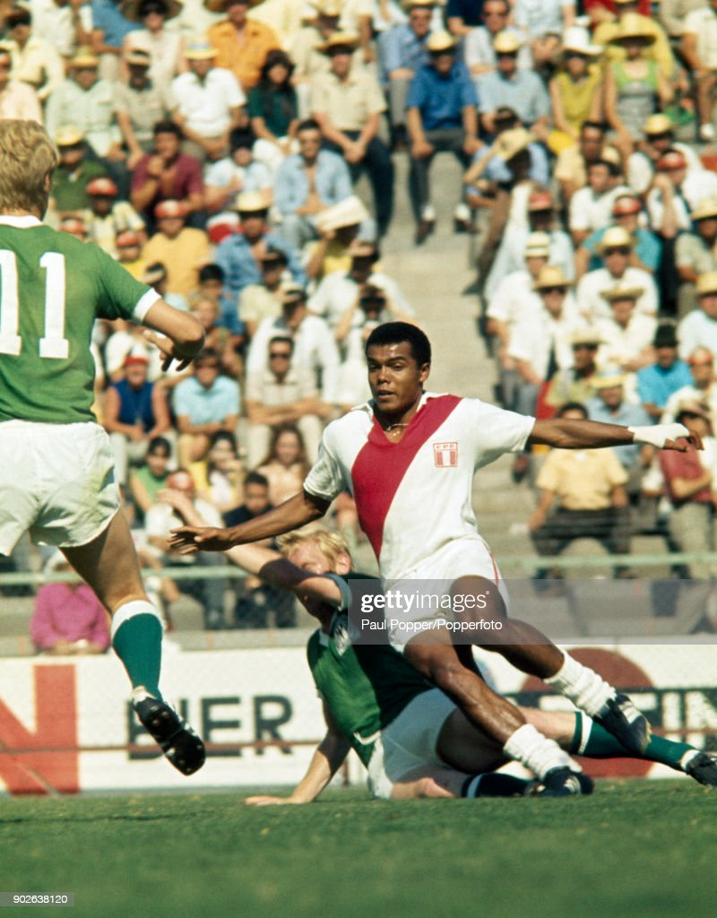 Teofilo Cubillas in action for Peru during the FIFA World Cup match between West Germany and Peru in Leon, Mexico, 10th June 1970. West Germany won 3-1.