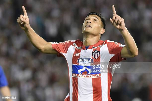 Teofilo Gutierrez of Junior celebrates after scoring the second goal of his team during a second leg match between Junior and Cerro Porteño as part...