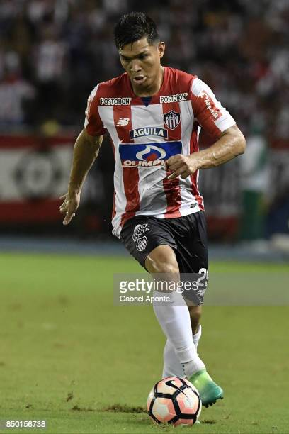 Teofilo Gutierrez of Junior drives the ball during a second leg match between Junior and Cerro Porteño as part of round of 16 of Copa CONMEBOL...