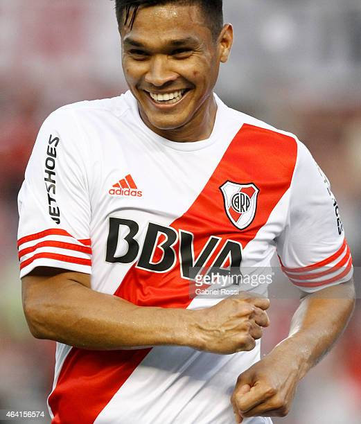 Teofilo Gutierrez of River Plate celebrates after scoring the first goal of his team during a match between River Plate and Quilmes as part of second...