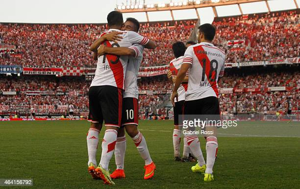 Teofilo Gutierrez of River Plate celebrates with his teammates after scoring the first goal of his team during a match between River Plate and...