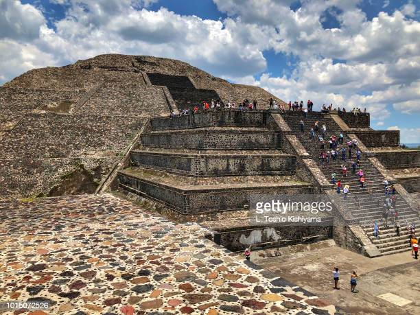 teotihuacan and pyramids in mexico - aztec civilization stock photos and pictures