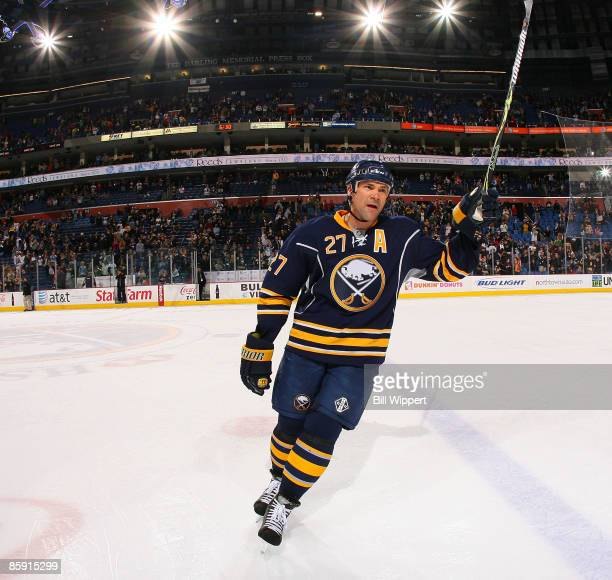 Teppo Numminen of the Buffalo Sabres salutes the fans after being named a game star in their seasonending victory over the Boston Bruins on April 11...