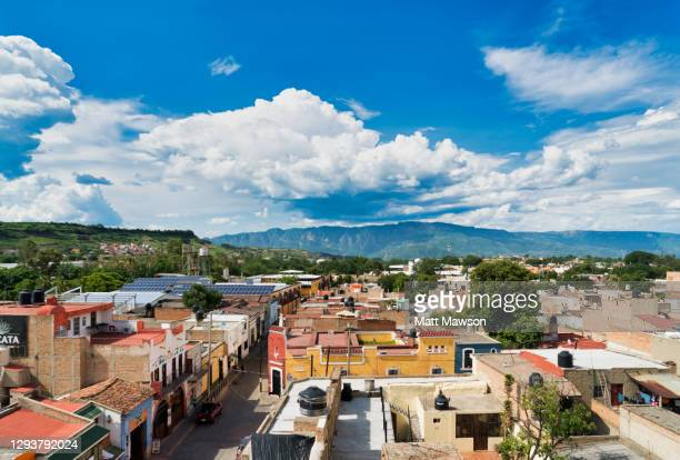 tequila town in jalisco state mexico - delstaten jalisco bildbanksfoton och bilder