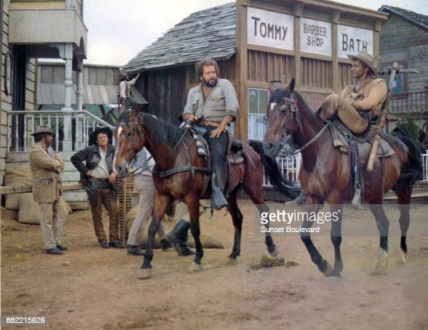 Terence Hill on the set of 'On continue à l'appeler Trinita'directed by Enzo Barboni in 1971