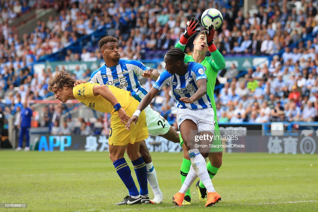 Huddersfield Town v Chelsea - Premier League : News Photo