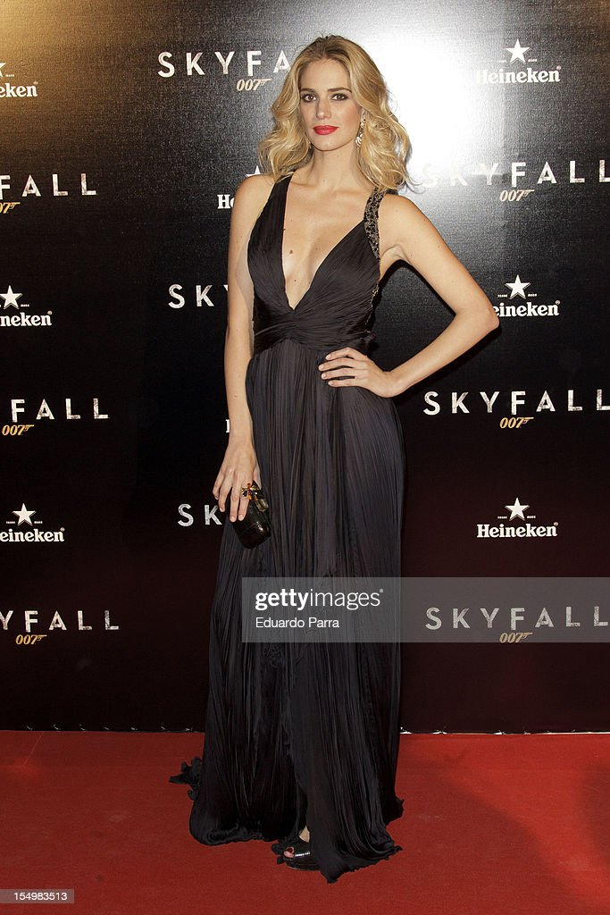 Teresa Baca attends the 'Skyfall' photocall premiere at Santa Ana Square on October 29, 2012 in Madrid, Spain.