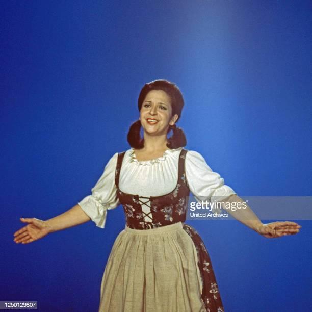 """Teresa Berganza, spanische Opernsängerin, zu Gast in der Musiksendung """"Schöne Stimmen"""", Deutschland 1976."""