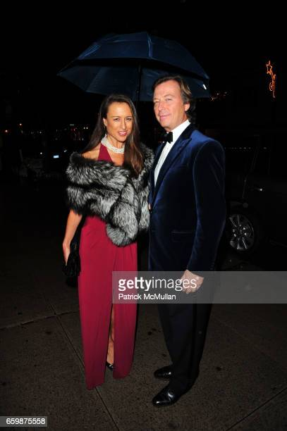 Teresa Colley and Bruce Colley attend ASPREY and Associates Committee host benefit for LENOX HILL NEIGHBORHOOD HOUSE at Asprey NYC on December 2 2009