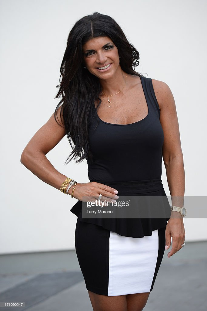 Teresa Giudice arrives to sign copies of her book 'Fabulicious!: On The Grill: Teresa's Smoking Hot Backyard Recipes' at Books and Books at Museum of Art on June 21, 2013 in Fort Lauderdale, Florida.