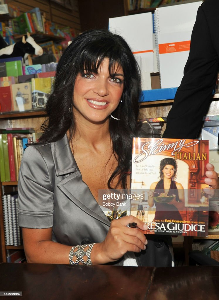 Teresa Giudice promotes 'Skinny Italian' at Mendham Books on May 15, 2010 in Mendham, New Jersey.