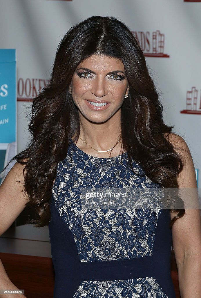 """Teresa Guidice Signs Copies Of """"Turning The Tables"""""""