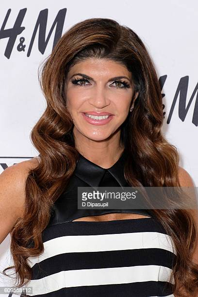 Teresa Giudice visits Extra at their New York studios at HM in Times Square on September 21 2016 in New York City