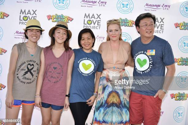Teresa Ng Michelle Ng Fen Chan Melissa Joan Hart and Cheong Choon Ng attend the MaxLove LoomAThon 2 with Melissa Joan Hart on September 14 2014 in...
