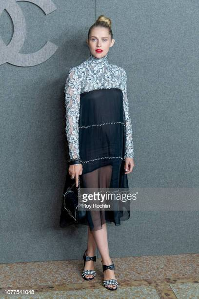 Teresa Palmer attends the Chanel Metiers D'Art 2018/19 Show at The Metropolitan Museum of Art on December 04 2018 in New York City