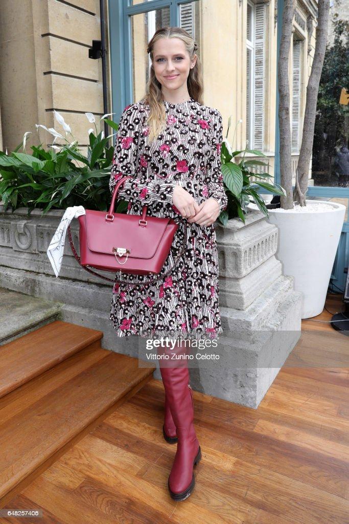 Valentino : Front Row  - Paris Fashion Week Womenswear Fall/Winter 2017/2018