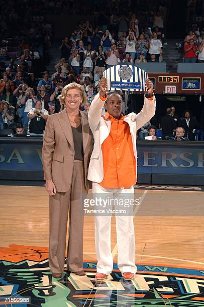 Teresa Weatherspoon formerly of the New York Liberty is being inducted into the Madison Square Garden Walk of Fame by New York Liberty General...